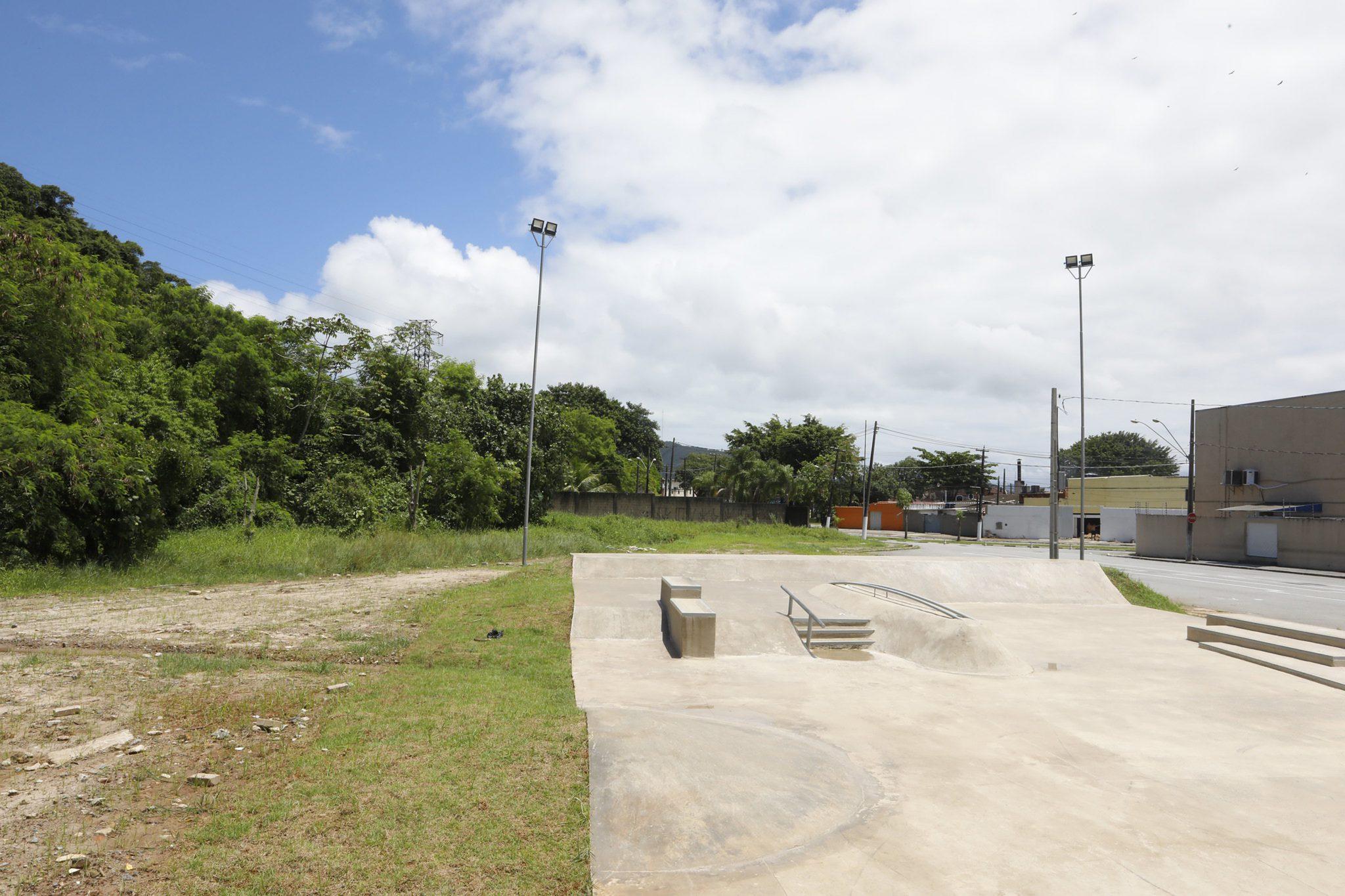 Nova pista de skate é entregue no Jardim Helena Maria