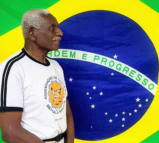 Mestre Sombra, referência na Capoeira brasileira, recebe prêmio nesta sexta-feira (26)