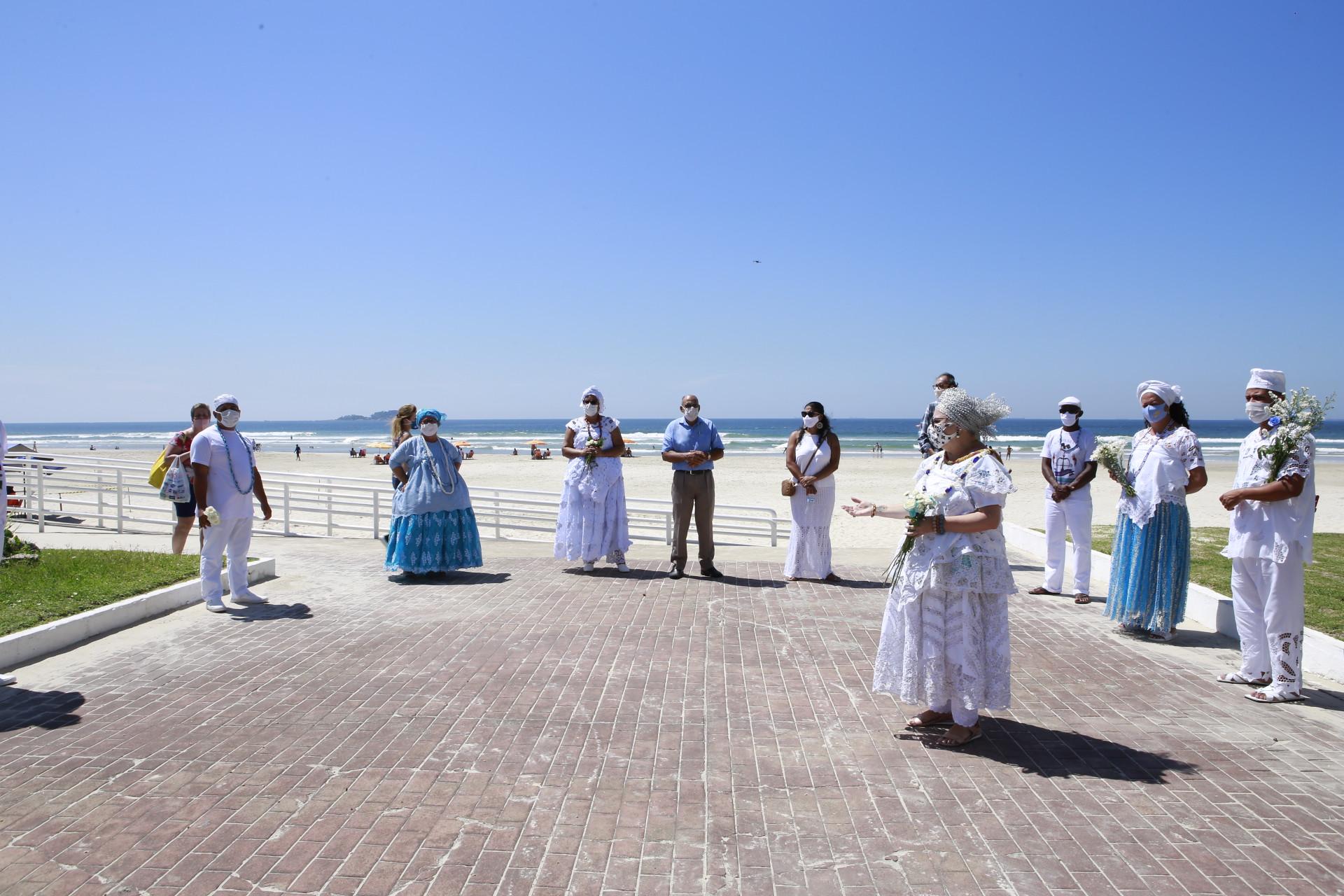 Iemanjá: Líderes espirituais levam homenagens à Rainha do Mar